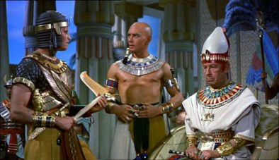 Heston, Brynner & Hardwicke (Paramount Pictures)
