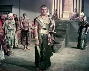 Jack Hawkins in Land of the Pharaohs