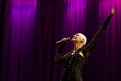 Mariza on stage