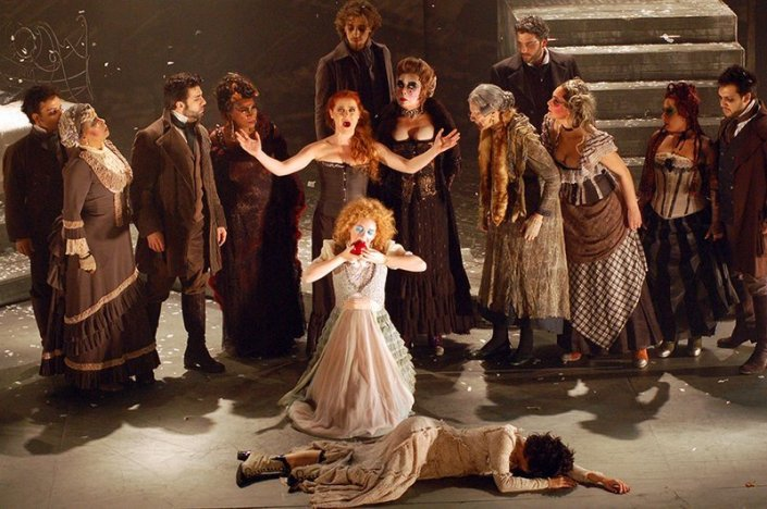 Finale to Act I of 7- The Musical (arteview.com.br)
