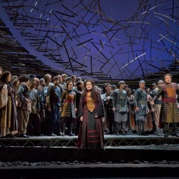 Deborah Voigt as Cassandra in Les Troyens (pt-br,facebridge.net)