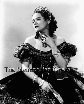 Bidu as Violetta in La Traviata (archives-metoperafamily.org)