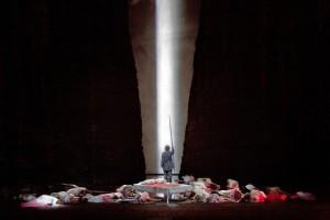Parsifal: End of Act II (Ken Howard / Met Opera)