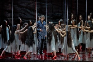 Jonas Kaufmann & Flower Maidens (Ken Howard / Met Opera)