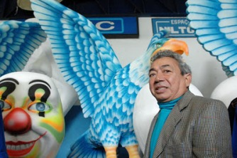 Joaozinho in front of one of his floats