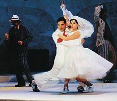 """""""The Hovel Tango"""" (revistaglobo.com.br)"""