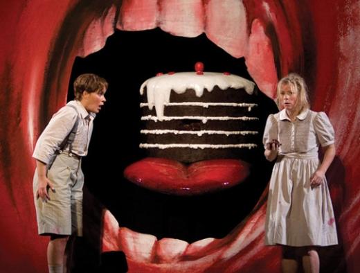 Hansel (Alice Coote) & Christine Schafer (Gretel) Met Opera