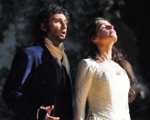 Werther (Jonas Kaufmann) & Charlotte (Sophie Koch) www.imz.at