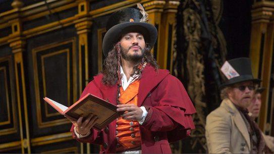 Erwin Schrott as Dr. Dulcamara (Ken Howard/Met Opera)