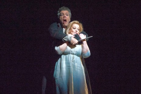 Wozzeck (Thomas Hampson) kills Marie (Deborah Voigt) in a jealous rage