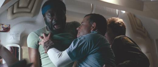 Ash (Ian Holm) attacks Parker (Yaphet Kotto)