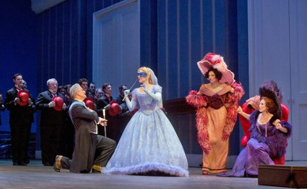 Joyce DiDonato in La Cenerentola (Ken Howard / Met Opera)