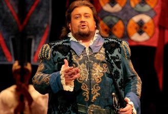 Johan Botha as Walther