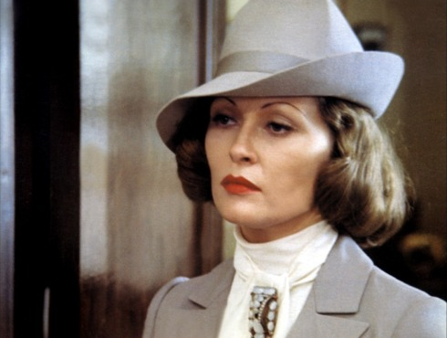 Faye Dunaway as Mrs. Evelyn Mulwray in Chinatown