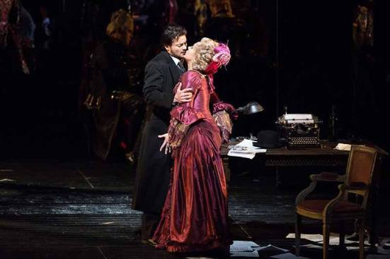 Hoffmann with Giulietta (Christine Rice) in Act III