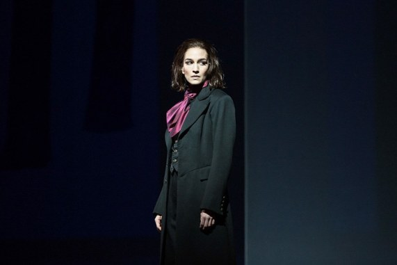 Kate Lindsey as Nicklausse (Marty Sohl / Met Opera)