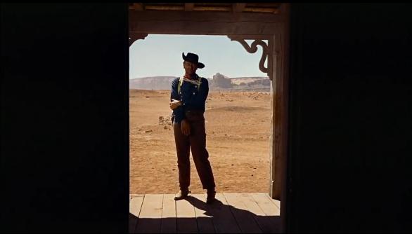 Ethan Edwards (John Wayne) turns his back on home