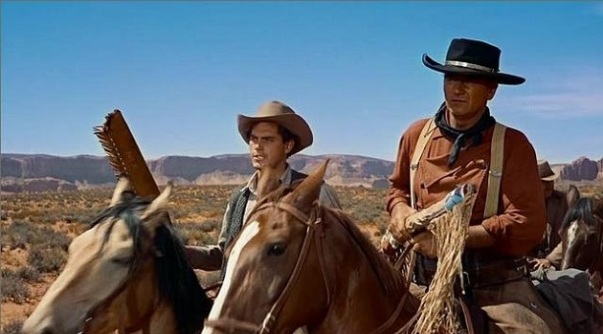 Jefrrey Hunter & John Wayne in The Searchers