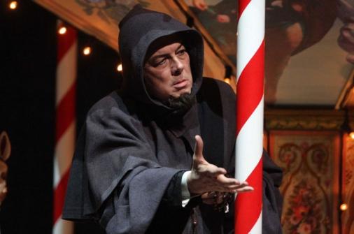Ferruccio Furlanetto as the Gray Friar (Teatro Massimo, 2008)