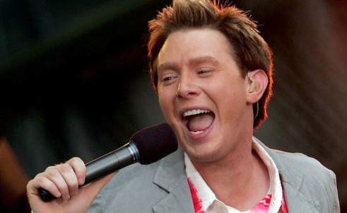 "Clay Aiken (as Walther von Stolzing) sings his ""Morning Song"""
