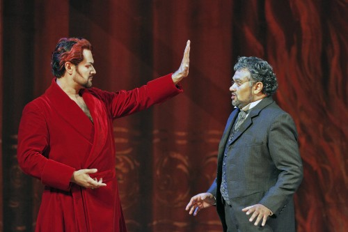 Mefistofele (Ildar Abdrazakov) posing his bargain to Faust (Ramon Vargas), in San Francisco's 2013 staging