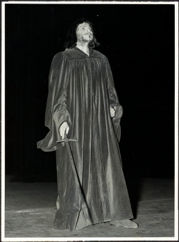 Orson Welles in Doctor Faustus (1937), Federal Theatre Project photo