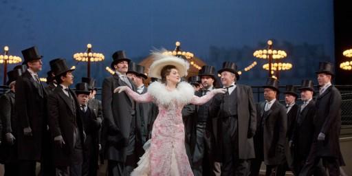 Diana Damrau in the Cours la Reine scene of Manon (Ken Howard)