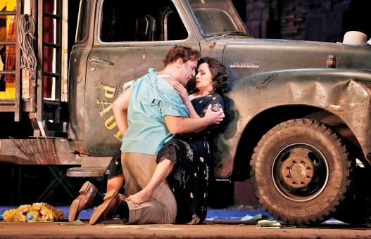 Lucas Meachem as Silvio & Patricia Racette as Nedda in Pagliacci (Photo: Cory Weaver/Met Opera)