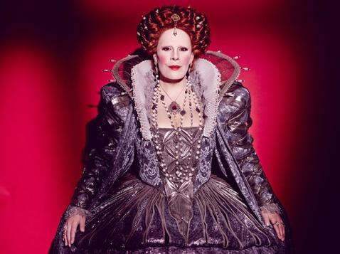 Sondra Radvanovsky as Queen Elizabeth in Roberto Devereux (Met Opera)