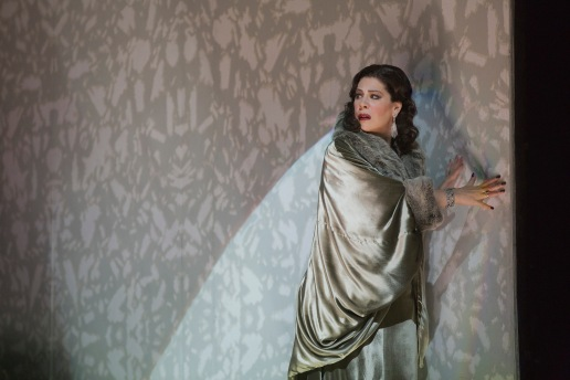 Sondra Radvanovsky as Amelia (Ken Howard/Met Opera)