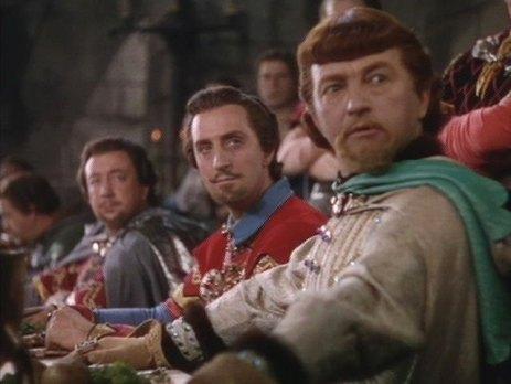 Sheriff of Nottingham (Melvile Cooper), Sir Guy of Gisbourne (Basil Rathbone) & Prince John (Claude Rains)