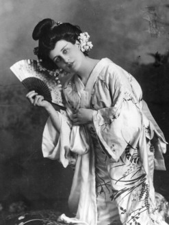 British actress Evelyn Millard as Belasco's Madame Butterfly (1901)