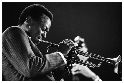Miles Davis (1936-1991), playing in France 1967