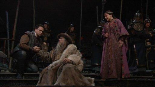 Calaf (Berti), Timur (Alexander Tsymbalyuk) & Liu (Anita Hartig) in Act I