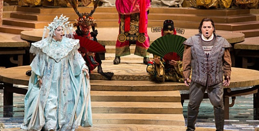 Turandot (Nina Stemme) & Calaf (Marco Berti) try to top one another in the Riddle Scene