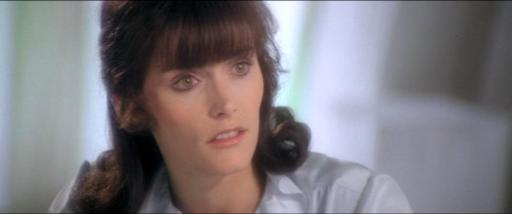 Lois Lane (Margot Kidder) striking an inquisitive pose