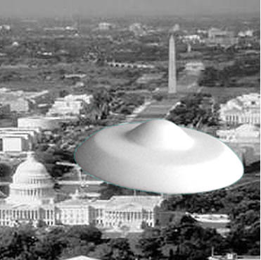 Klaatu's ship circles over Washington, D.C.