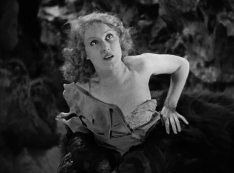 Ann Darrow (Fay Wray) in Kong's clutches
