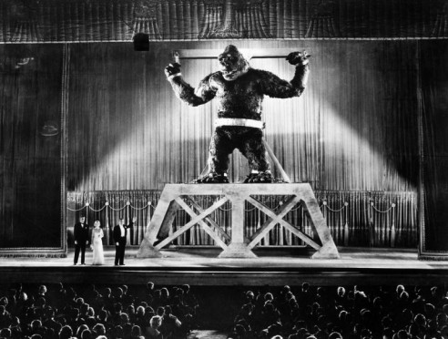 Bright lights on Broadway: King Kong on stage (1933(